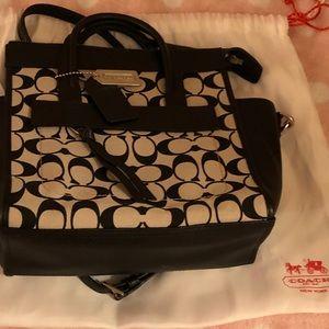 Coach Crossbody Signature Handbag